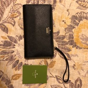 Black Leather Kate Spade Wristlet